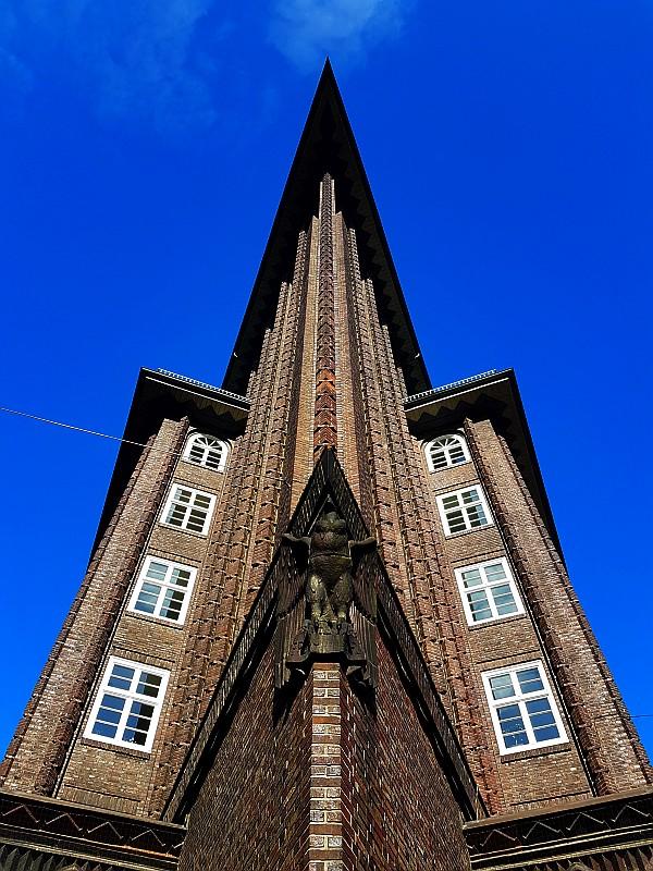 Bild Stadtführung Hamburg Chilehaus frontal in UNESCO Kontorhausviertel
